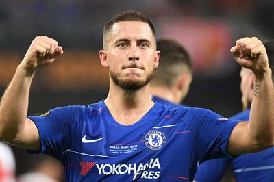 """Hazard nói lời tạm biệt sau khi đưa Chelsea """"lên đỉnh"""""""