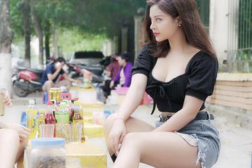 """Nữ thư ký sexy trên VTV1 khiến chàng """"Sở Khanh"""" đòi tăng lương là ai"""