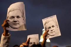 Ông trùm WikiLeaks ốm yếu, nói không nên lời