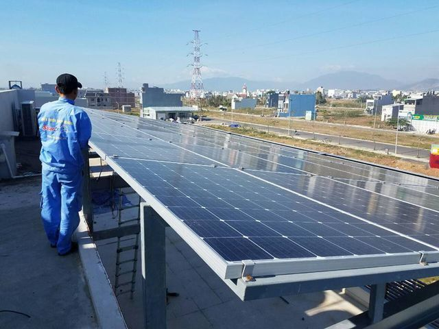 VN banks boost retail lending for solar energy