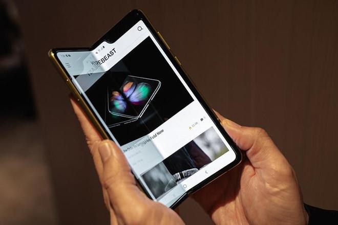 điện thoại Samsung,smartphone màn hình gập,Galaxy Fold