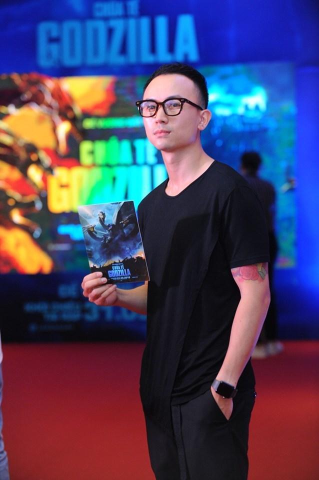 Dàn diễn viên 'Về nhà đi con', 'Quỳnh búp bê' hội ngộ trong buổi chiếu bom tấn 'Godzilla'