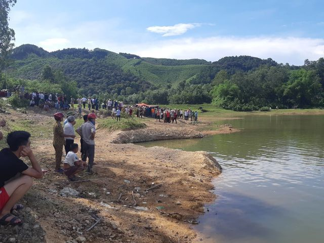 Five pupils drown in Nghe An dam