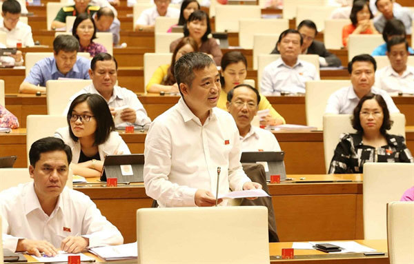 National Assembly deputies discuss economic matters