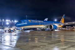 Vietnam Airlines apologises for delayed flight