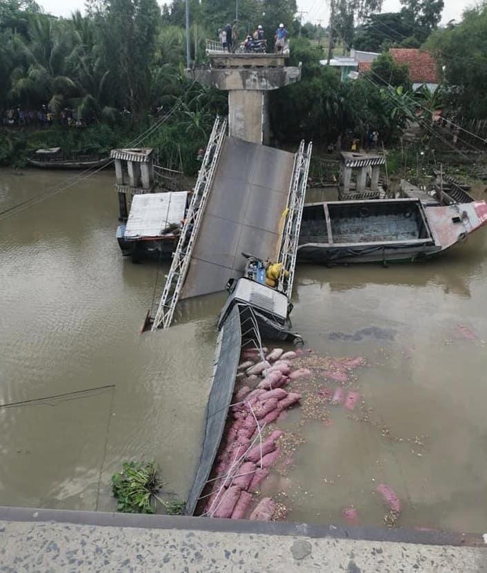 sập cầu,Đồng Tháp