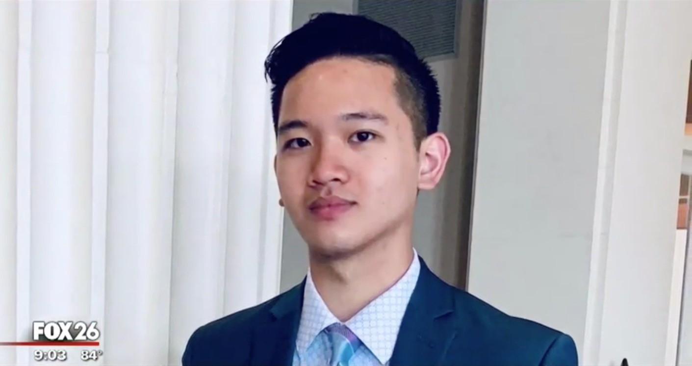 Nam sinh gốc Việt mồ côi cha, ngủ gầm cầu trúng tuyển ĐH Harvard