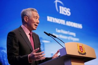 """Thủ tướng Singapore thúc giục TQ """"thể hiện vai trò lớn hơn"""""""