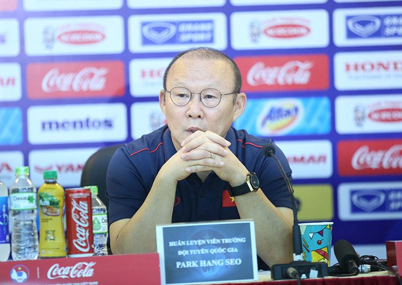 Thầy Park phủ nhận ưu ái trò ruột ở tuyển Việt Nam