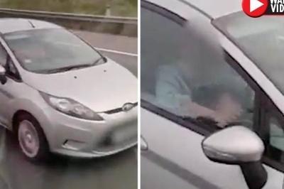 Cặp đôi gây phẫn nộ khi quan hệ giữa lúc đang lái xe với tốc độ 100km/h
