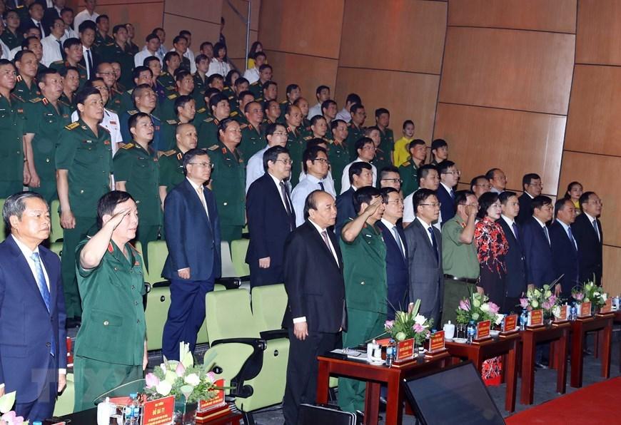 Hình ảnh Thủ tướng dự lễ kỷ niệm 30 năm ngày truyền thống Viettel
