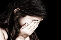 Nữ sinh 13 tuổi phải bỏ thai sau khi quan hệ với 3 thanh niên tuổi teen