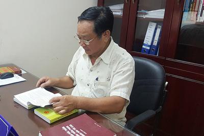 Phiên tòa ly hôn đẫm nước mắt của con trai bà chủ chợ Đồng Xuân