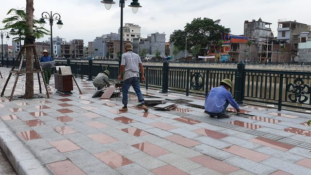 Hai Phong pavement project sees damage after 10 days