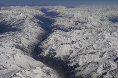 Nhóm nhà leo núi mất tích bí ẩn trên dãy Himalaya
