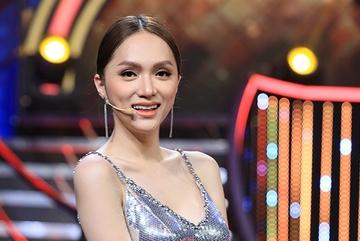 Hoa hậu chuyển giới Hương Giang thừa nhận xinh đẹp là nhờ bác sĩ giỏi