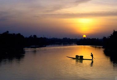 Thơ,mẹ dòng sông,bến nước