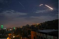 Xem Israel cấp tập dội tên lửa xuống Syria