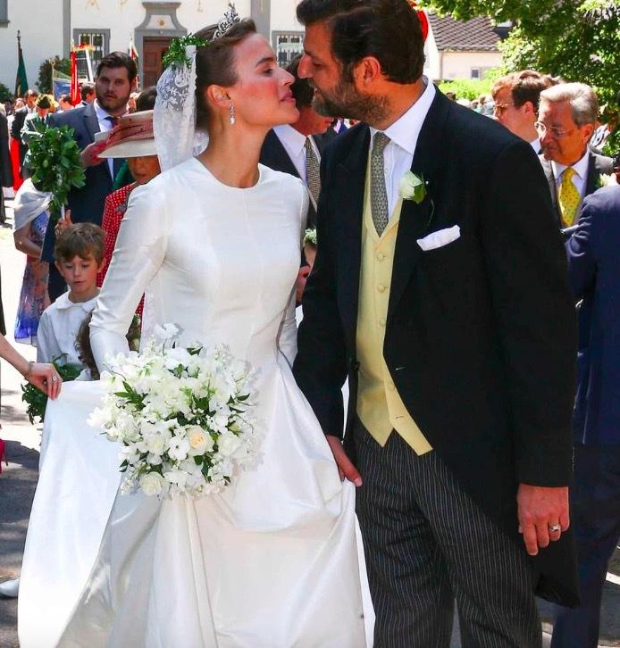Đám cưới như trong cổ tích của hoàng tử Đức và người mẫu Mỹ