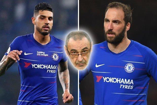 MU tuyển Donnarumma thay De Gea, Sarri gây khó Chelsea