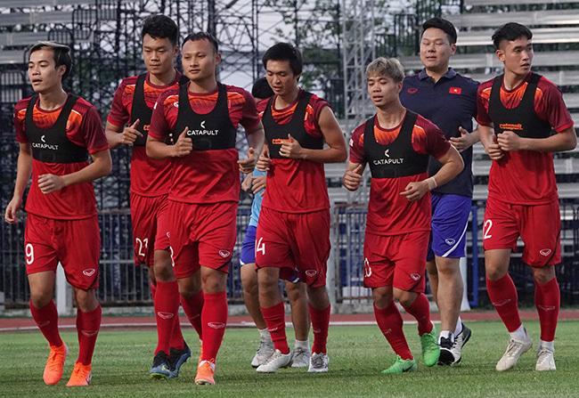 Tuyển Việt Nam đá chung kết King's Cup, bất ngờ đội hình ra sân