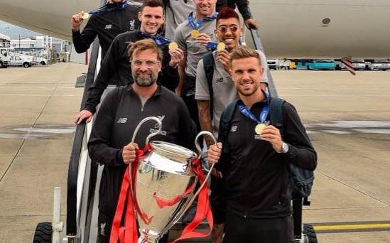 Jurgen Klopp bất ngờ công bố sắp nghỉ hưu, rời Liverpool