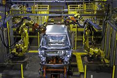Sản xuất xe hơi tại Anh giảm một nửa do Brexit