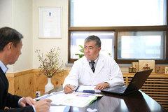 Sách viết về liệu pháp phục hồi cho người bệnh ung thư