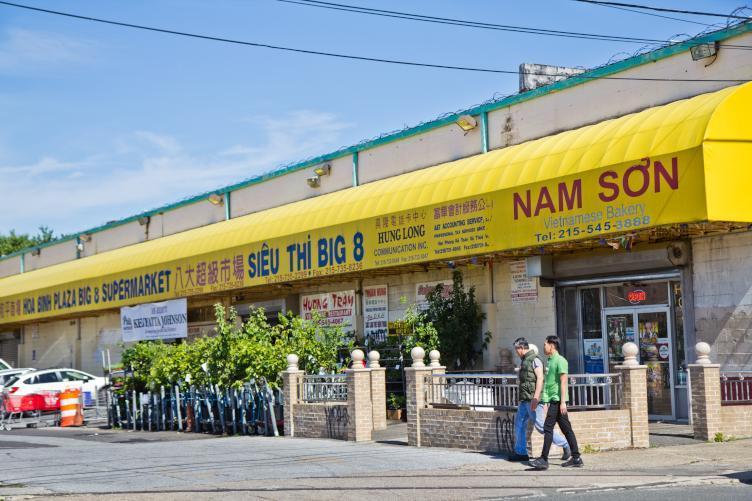 Trung tâm buôn bán của người Việt tại Mỹ bị dẹp bỏ
