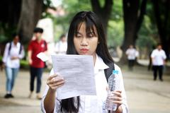 """Thi Tiếng Anh và Sử lớp 10 Hà Nội, thí sinh """"không ngờ đề dễ như vậy"""""""