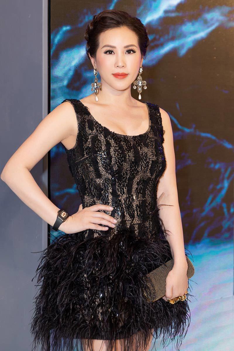 Hoa hậu Thu Hoài,Hoa hậu,Tình yêu,Đàn bà phố thị