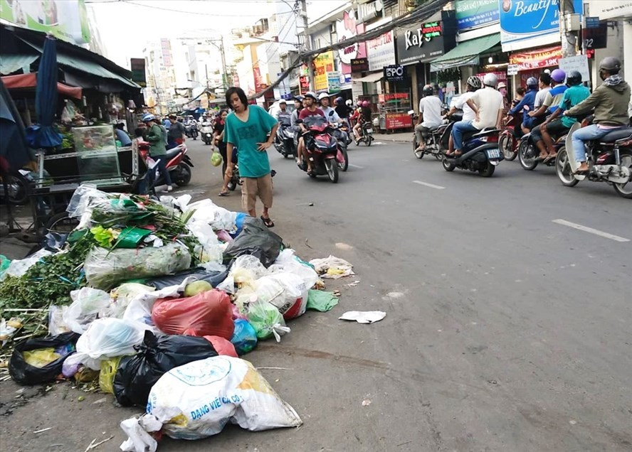 Litter classification in HCM City proves ineffective