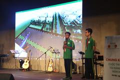 Học sinh cấp 2 thiết kế mặt trời nhân tạo cho thành phố thông minh