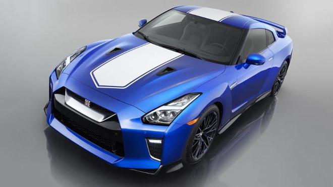 Nissan GT-R - quái vật 'Godzilla' của thế giới xe hơi