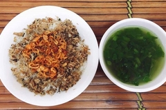 Sticky rice with perch – Discover the secret of 'Xoi ca ro dong'