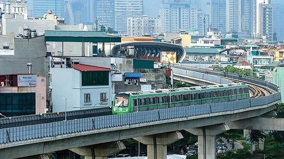 Transport Ministry reports lots of major traffic projects behind schedule
