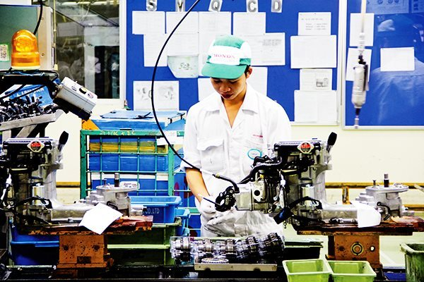 Japanese cash flow to Vietnam changes direction