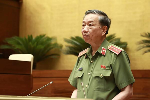 Bộ trưởng Công an nói lý do Bộ chỉ điều tra gian lận điểm thi ở Hoà Bình