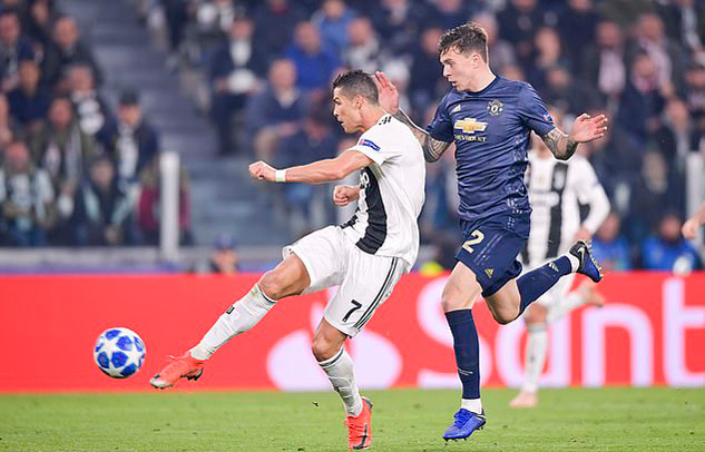 Ronaldo xé lưới MU là bàn thắng đẹp nhất cup C1 2018/19