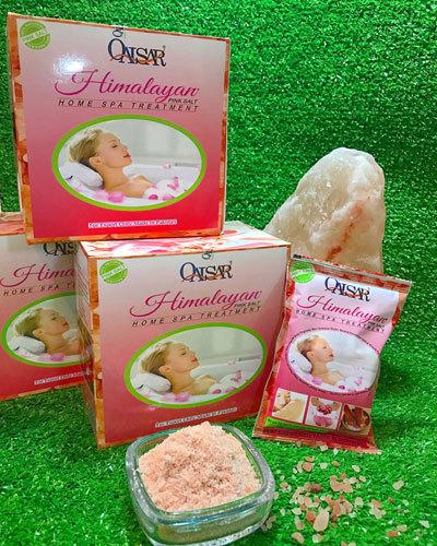 Chăm sóc mẹ và bé bằng muối tắm Himalaya Qaisar
