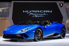 Mua siêu xe Bugatti khó hơn nhiều so với mua Lamborghini, vì sao vậy?