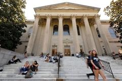 Trung Quốc cảnh báo học sinh sang Mỹ du học