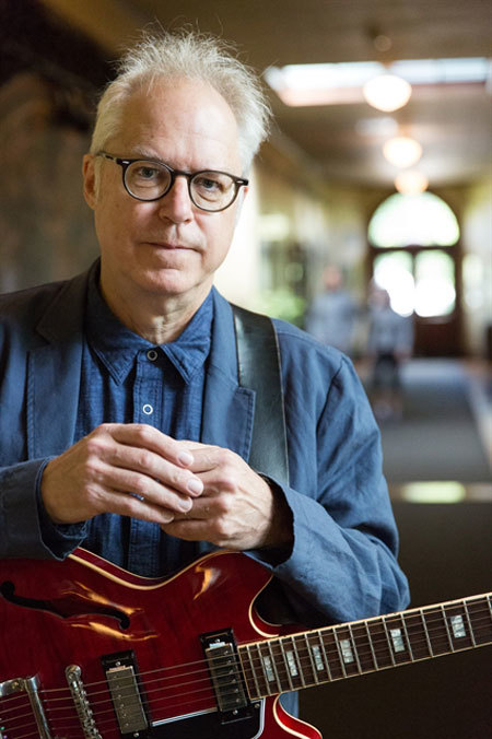 All music 'comes together' in jazz, says famed guitarist