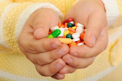 Sai lầm dễ mắc khi dùng kháng sinh điều trị viêm đại tràng
