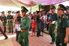 Vợ chiến sĩ Thanh Hóa hi sinh khi bắt ma túy được đặc cách làm giáo viên