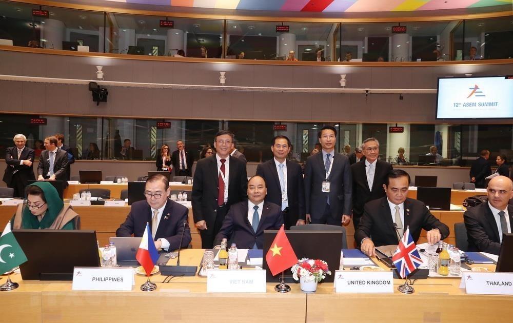 Vietnam sees strong progress in external relations