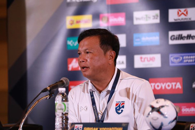 "HLV Sirisak Yodyardthai: ""Thái Lan sẽ thắng Việt Nam"""
