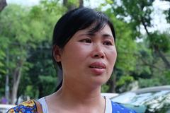 Cô giáo dạy tiếng Anh 23 năm không dám thổ lộ lương tháng 1,2 triệu đồng