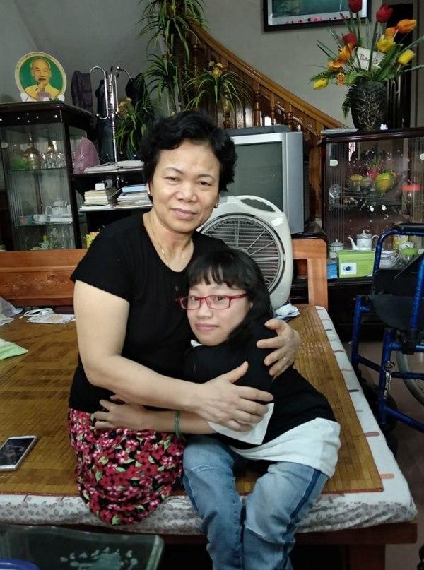 nữ sinh,xương thủy tinh,Nguyễn Cẩm Vân,thi đại học,thi tốt nghiệp THPT