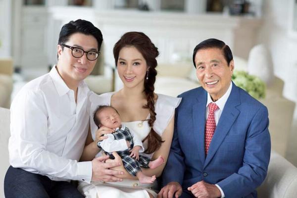 Cuộc sống của kiều nữ Hồng Kông khi làm dâu nhà tỷ phú châu Á